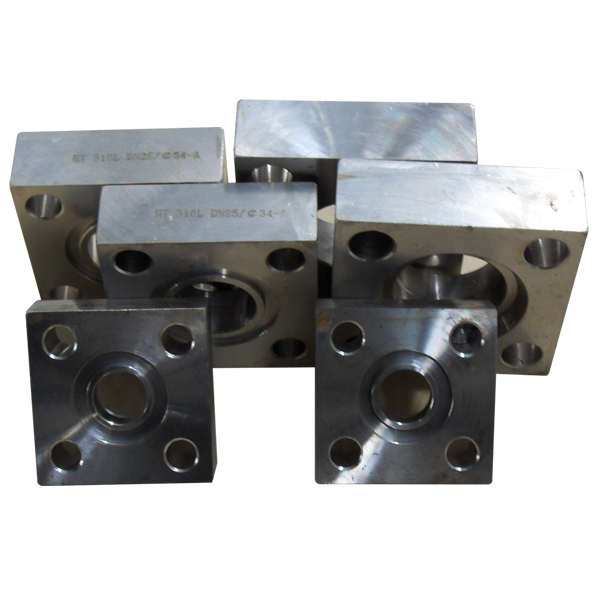 gastet and bolits nuts including carbon steel square flange